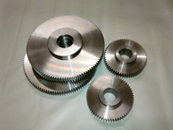 Special pitch spur gears